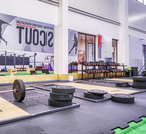 Sport SCOUT, TechnoGym, maszyny na wolne ciężary (hammery)